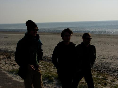 I & L Strand3
